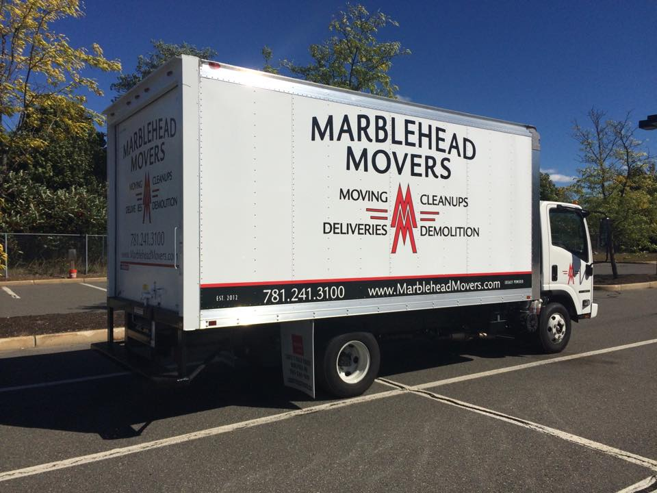 Marblehad Movers logo